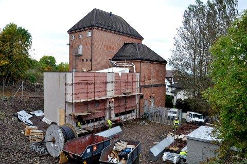 OPPSTART: Norconsult forbereder seg på å starte om bygging av den gamle trafostasjonen i Veggbakken.