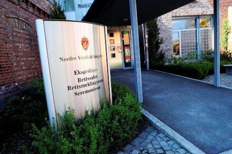 DØMT I HORTEN: En mann i 40 årene fra Sandefjord ble dømt i Horten tingrett for en rekke lovbrudd.