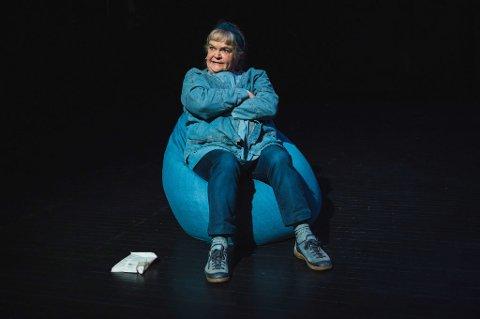 MEDVIRKER: Anne Marit Jacobsen bidrar til at forestillingen berører.