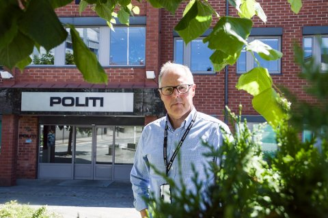 BARE MENN: – Jeg kan nesten ikke huske at noen kvinner er ilagt forelegg for urinering på offentlig sted, sier politiinspektør Magnar Pedersen.