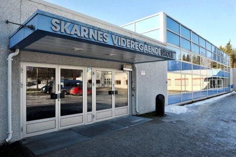 KAN BLI NEDLAGT: Skarnes videregående skole.