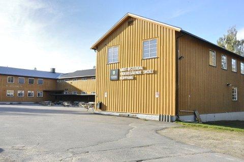 RAMMES HARDEST: Midt-Østerdal videregående skole.
