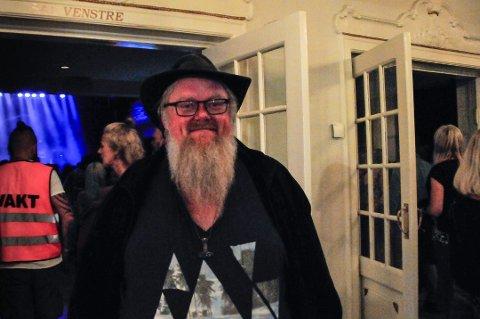 Tor Inge With fra Kongsvinger kunne gjerne tenkt seg å se Bob Hund i regn og vind i Skjærva.