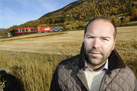 TJENTE MILLIONER: Birger Bakke og Veidekke kjøpte tomten for 10 millioner kroner av Oppland fylkeskommune. Nå har han og Veidekke tjent millioner.