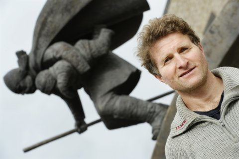 ENTUSIAST: Thor Gotaas har levd med Birkebeinerhistorien fra han var sju år gammel.