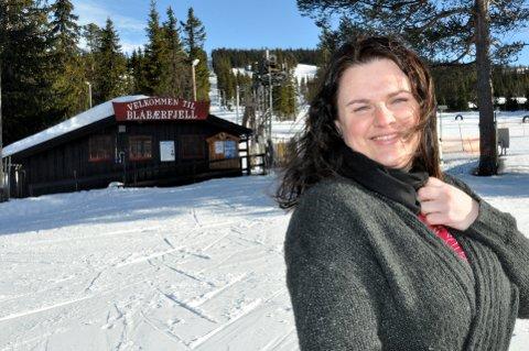 DAGLIG LEDER: Camilla Tagestad Iversen er daglig leder i Gålå Alpin AS, som nå har meldt oppbud. Hun forteller imidlertid at det likevel er planer om å starte opp drift igjen i Blåbærfjell så snart som mulig.
