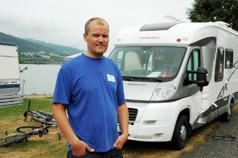 – Jeg er vel det man kan kalle en forsiktig optimist, sier daglig leder ved Lillehammer Camping, Stian Lunn.