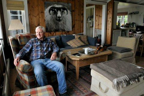 Her skulle Arve Tellefsen (83) ha vært nå. Men slik ble det ikke i år. Dette bildet er tatt på hytta hans på Gålå tidligere.