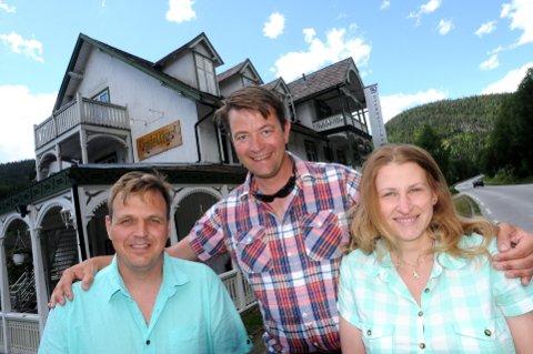 Ny bruk: Simen Bjørgen mener jobben Diana og Thomas Stebergløkken har gjort med restaurering av et gammelt sveitserhotell i Heidal er et godt eksempel på vern gjennom bruk. Arkivfoto: Vidar Heitkøtter