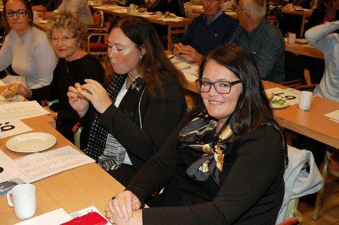 Kari-Anne Jønnes mener selv hun er distriktsrepresentant så god som noen selv om hun bor sør i fylket.
