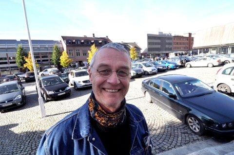 Arne With Normann I forbimdelse med statsbudsjettet 2017.  Vegmuseet får 10 mill til Kjøretøyhistorisk museum.
