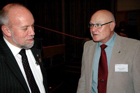Harald Eivind Bakke (t.h.) presser Morten Ørsal Johansen i kampen om å bli toppkandidat for Oppland Frp.