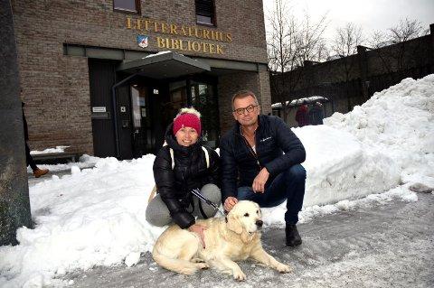 Kristin Nilseng og Atle Børresen og Nilsengs hund Choupette.