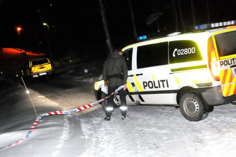 RAN: Politiet er på stedet med to patruljer klokken 22.00 torsdag kveld.