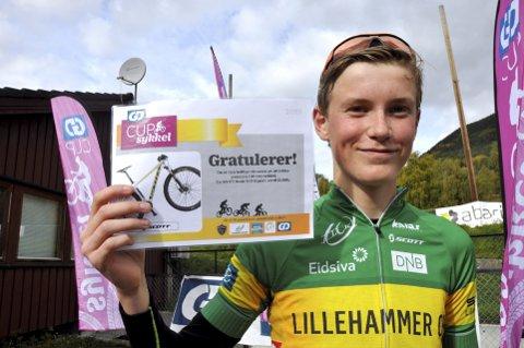 FORNØYD: Mats Aleksander Højlund ble nummer to sammenlagt og vant sykkel som uttrekkspremie. Alle foto: Geir Teigøyen