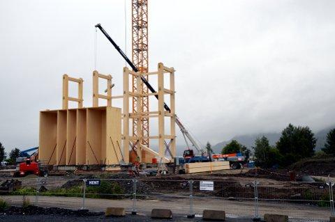 MJØSTÅRNET: Bygget blir 18 etasjer høyt og skal inneholde bl.a. hotell, leiligheter og kontorer.