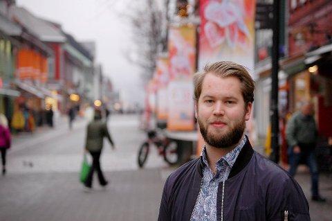 Torleik Svelle fra Lillehammer markerer seg sterkt både nasjonalt og lokalt som politiker i Senterpartiet.