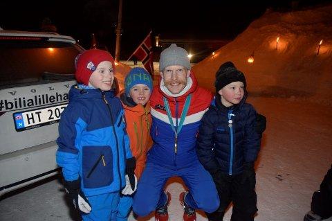 Robert Johansson tok tre medaljer i OL. Her med Tinius Erikstein Enger (7), Niclas Spidsberg Berge (7) og Sebastian Bråthen Brekke (7).