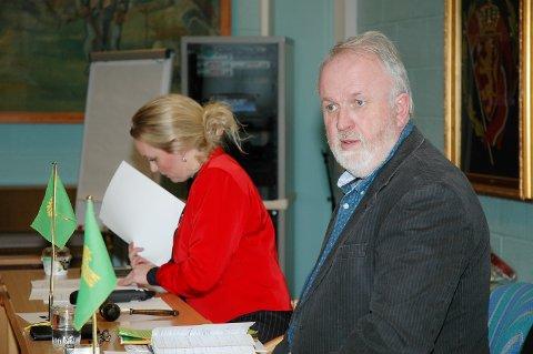 - Sett ikke dagens landbrukspolitikk i spll, sier avtroppende leder i Oppland Bondelag, Trond Ellingsbø