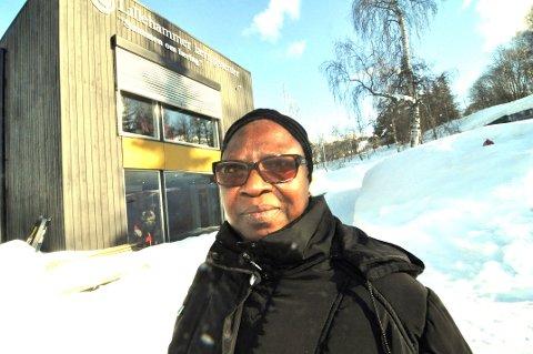 SKUFFET: Sarah Coulibaly strøk på nytt da hun gikk opp til Statsborgerprøven for andre gang. Men det er ikke gitt at man forstår alle spørsmålene i  testen.
