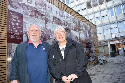 HISTORISK FOTOVEGG: Kunstner Astrid Lind står bak ideen og har fått med Per Mæhlum, styreleder og daglig leder i Handelens og Håndverkens hus AS, til å iverksette og finansiere prosjektet.