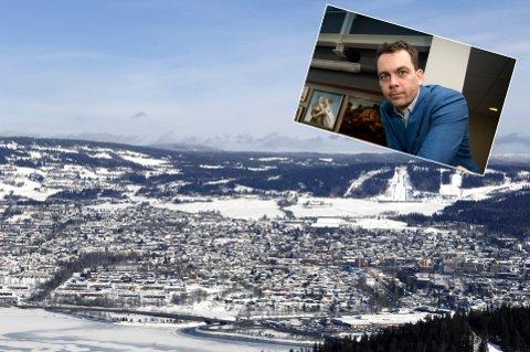 Kultursjef Olav Brostrup Müller ber om hjelp til å finne ei hytte som skal brukes i filminnspilling av en julefilm i midten av mars.