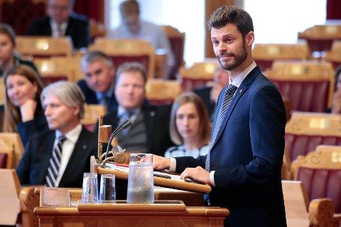 Rødt-leder Bjørnar Moxnes under debatten etter finanstalen i forbindelse med regjeringens fremleggelse av statsbudsjettet for 2019.