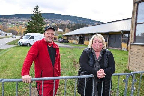 SAMMEN: Staale Nyhus og kona Eva samarbeider om drifta av selskapa.