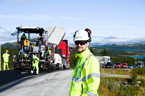 Fv. 27 over Venabygdsfjellet får 7 km ny asfalt. Ola L. Hultin er byggeleder for Innlandet fylkeskommune.