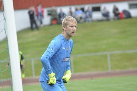 ALDRI VUNNET: Øyvind Brokerud og spillerne på Gran har aldri vunnet på Østre Toten kunstgress som seniorspillere. Foto: Rune Pedersen