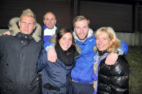 IDRETT: Idretten har stått sentralt i familien Berget. Fra venstre: Ole Petter, Gisle, Marte, Jo Inge og Kari. Dette bildet er fra 2013. PÅ den tiden spilte alle tre søsknene fotball på øverste nivå i Norge. Arkivfoto: Rune Pedersen