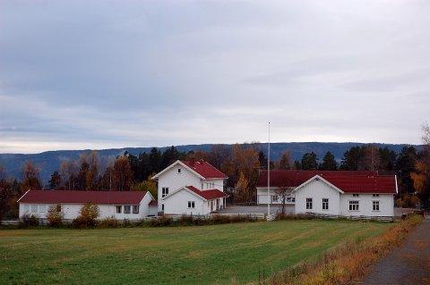 TI MILL:? Bjørklund skole, minus barnehagen, foreslås solgt.