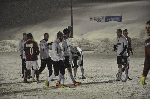 HVITT; Gran og Valdres spilte sin siste treningskamp foran cupkvaliken om en uke.
