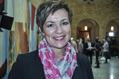 SPØR STATSRÅDEN: Stortingsrepresentant Anne Tingelstad Wøien (Sp).