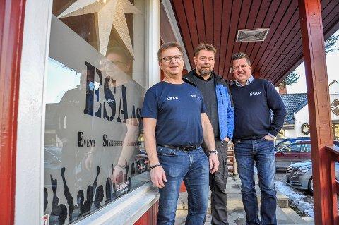 TOTALLEVERANDØR PÅ EVENT: Øistein Lysenstøen, Ove Johny Myrås og Morten Wien har startet ESA AS