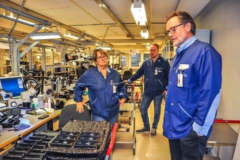 SNART PENSJONIST: Erik Lundbekk, til høyre, går snart av med pensjon, fra stillingen som administrerende direktør ved Hapro. Her er han sammen med Tone Karin Hedlund og Christian Røsåsen. Bildet er tatt ved en tidligere anledning.