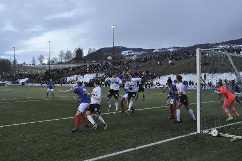 LUKRATIVT: Cup mot Vålerenga betyr gode penger i klubbkassa for Gran. Foto: Rune Pedersen