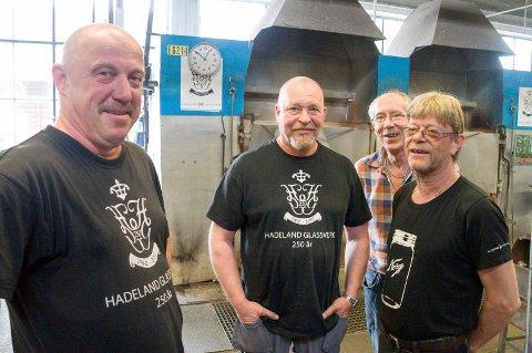Geir Anders Bålerud, Knut Dahlen, Gunnar Simensen og Odd Erik Johnsen har alle vært mellom 25 og 40 år på Hadeland glassverk.