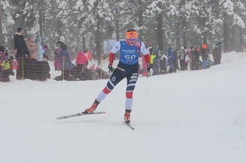 Barbro Kvåle Trømborg må finne fram kartstativet til helgas NM i skiorientering på Lygna. Foto: Tommy Gullord