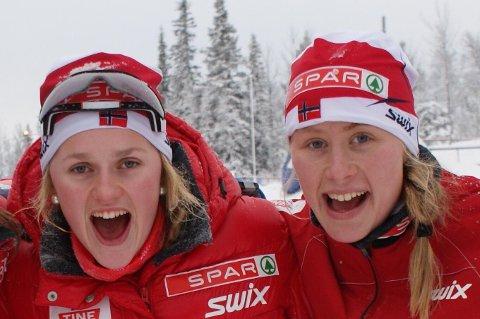 FORTJENT: - Få har fortjent dette gullet så mye som Ragnhild Haga, sier Barbro Kvåle Trømborg (til venstre) om sin gamle lagvenninne på landslaget. Dette bildet er fra 2010 da de to var på juniorlandslaget sammen. Foto: Asbjørn Kvåle.