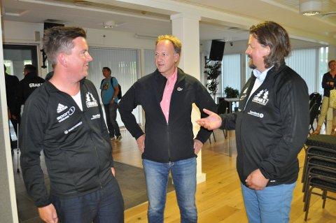 INVITERTE TIL MØTE: Sportslig leder Mikal Linstad, leder for idrettslaget Roy Steinar Torheim og styreleder Rune Meier.