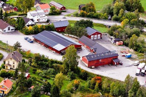 SKAL RIVES: Bygningene på Sagatangen må jevnes med jorda for å gi plass til det nye sykehjemmet.