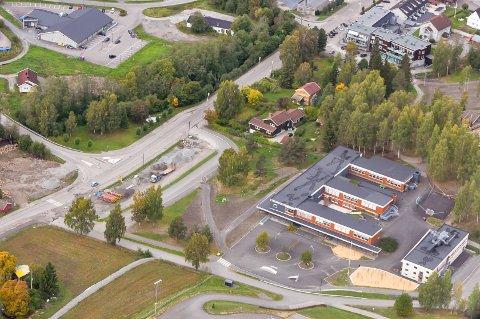 Brandbu ungdomsskole: Overskridelse på 17,3 millioner kroner.