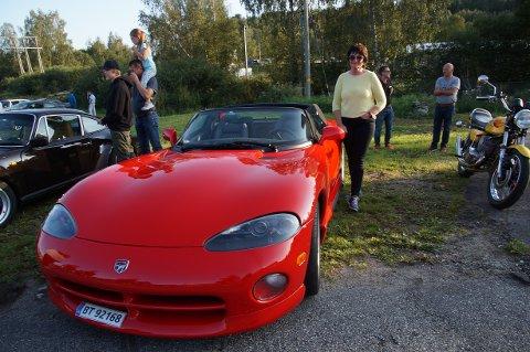 STILIG SKYSS: Da Hilma Kristine fylte 66 år investerte hun i ny sportsbil.