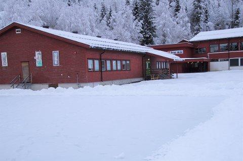 ENDELIG: Ny gymsal på Grua skole ble først tatt ut av budsjettet, men jobbet inn igjen. Torsdag ble det endelig vedtatt at det skal bygges ny gymsal på skolen.