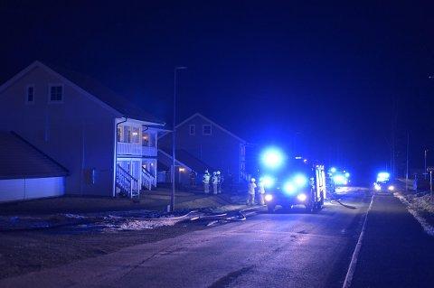 FLYTTET TIL HOTELL: Fire beboere måtte få tilhold ved et hotell da det begynte å brenne i den ene av leilighetene.