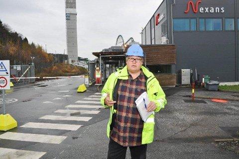KRISE: Hovedtillitsvalgt Hans Petter Anker Bærem sier at Nexans var hardt presset på arbeidskraft allerede før regjeringen stengte landegrensene for andre enn nordmenn og utenlandske arbeidere uten samfunnskritiske funksjoner. - Nå er dette i ferd med å bli et kjempeproblem.