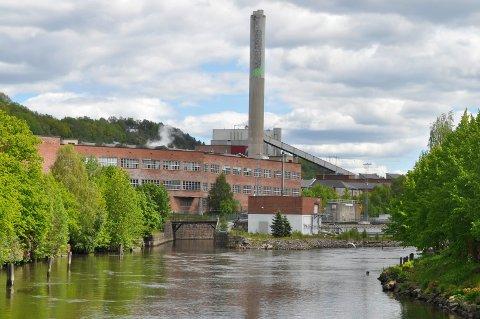 STOR  BEDRIFT: Norske Skog Saugbrugs har vært en viktig arbeidsplass i Halden i mange år.