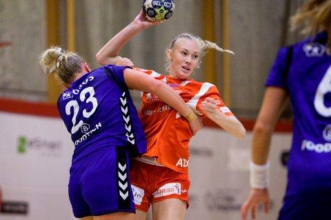 Ann Helen Adolfsen og HHK tapte for Rælingen i en treningskamp tirsdag kveld.