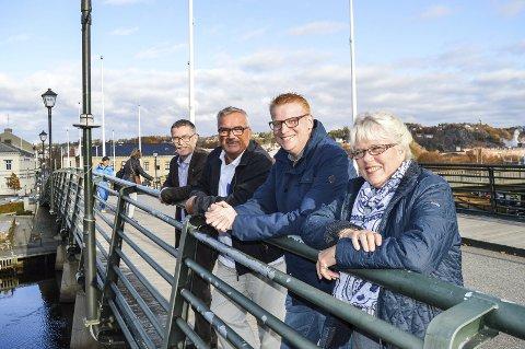 KJEMPER FOR SKOLEN: Det er viktig at Prestebakke skole skal stå som selvstendig. Fra venstre: Geir Helge Sandsmark, Per Egil Evensen, Fredrik Holm og Anne-Kari Holm.
